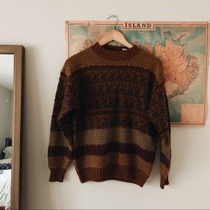+ VINTAGE // RUST COLORED SWEATER +